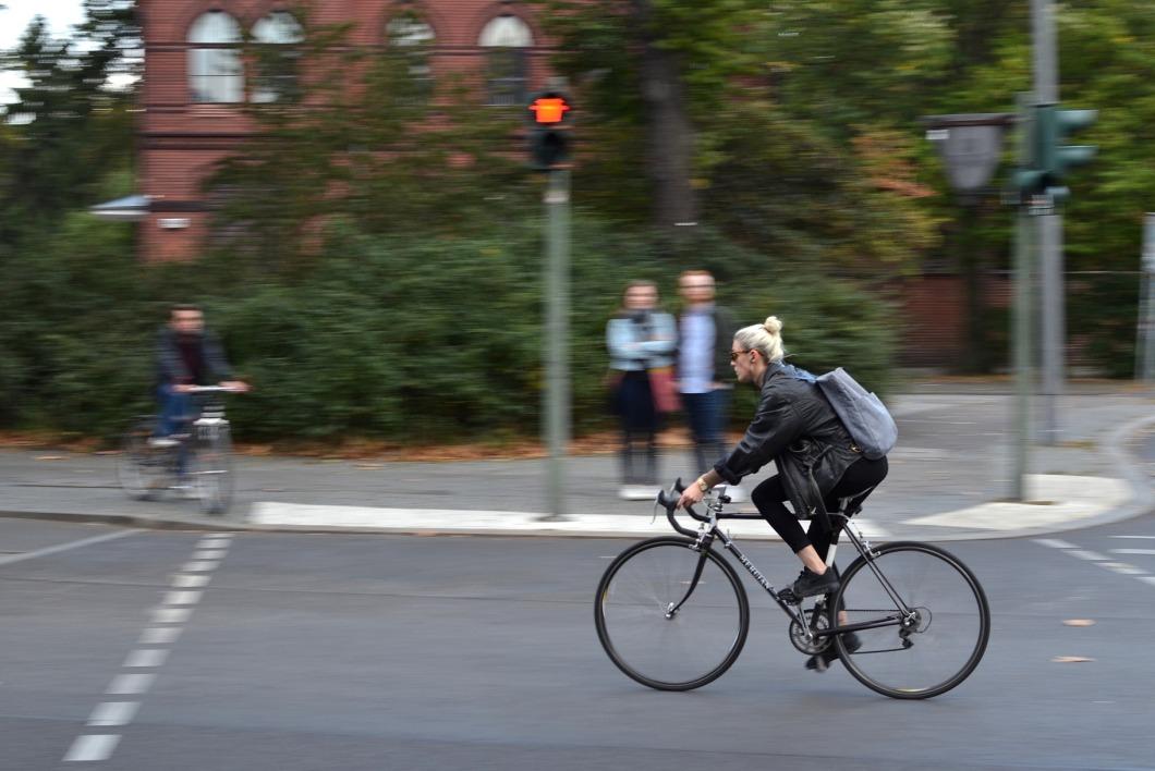 bike-1877387_1920