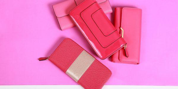 定番から新作まで!2万円以下で買えるブランド財布をご紹介!