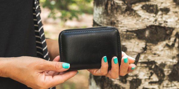 夫婦・カップルで!長く使えておしゃれなペア財布の選び方