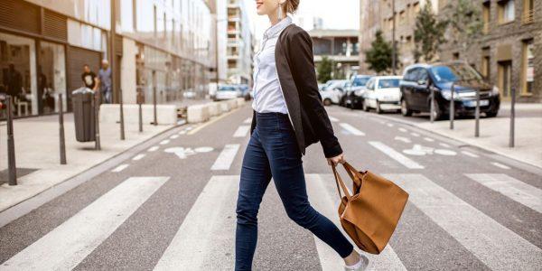 通勤・通学に!予算で探す人気ブランドのA4対応トートバッグ