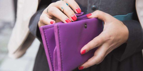 Salvatore Ferragamo(フェラガモ)のレディース財布はどの年齢におすすめ?