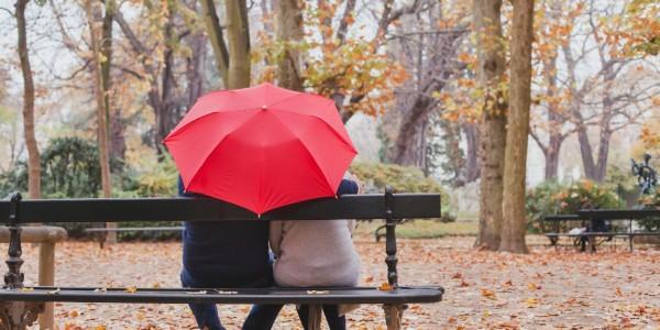 実は梅雨より降る?!秋雨にもお気に入り雨グッズを